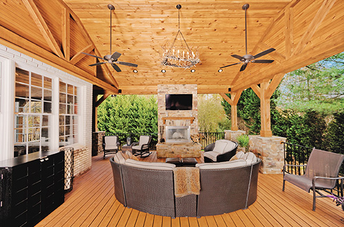 Outdoor Living - J Douglas Homes Porch